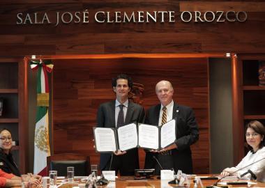 Trabajarán de manera conjunta UdeG y Acuario Michín